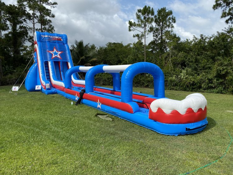 **30' Patriot Double Lane Slide (70L 21W 30H)